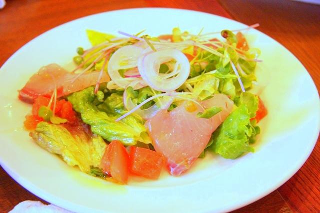 鮮魚のカルパッチョサラダ仕立て