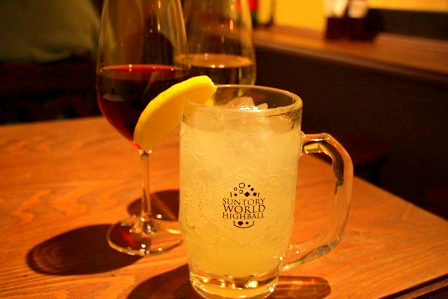 ビストロ ヒロでは、ワイン以外にもサングリア、リモンチェッロなどもあり