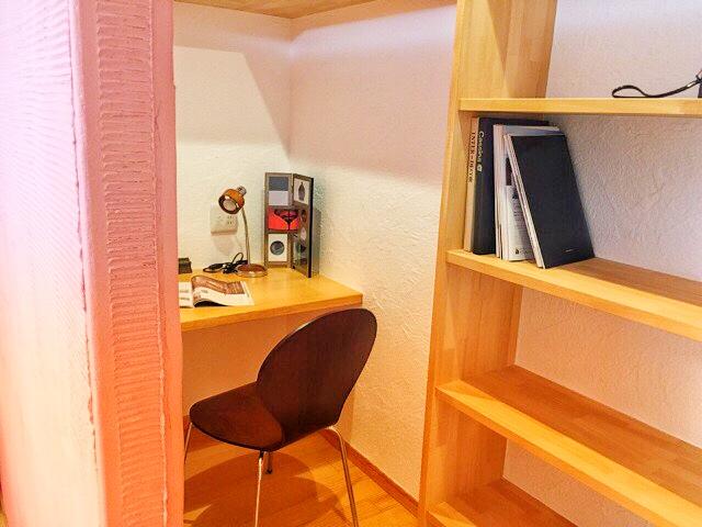 小林工務店の住宅展示場、書斎