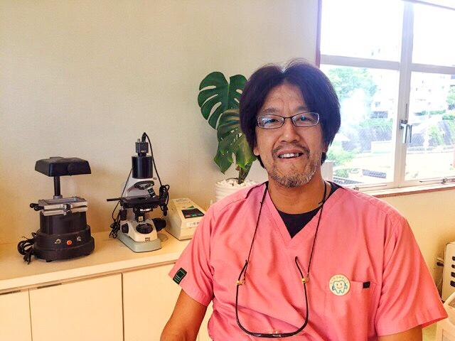 もりわき歯科の森脇辰也先生