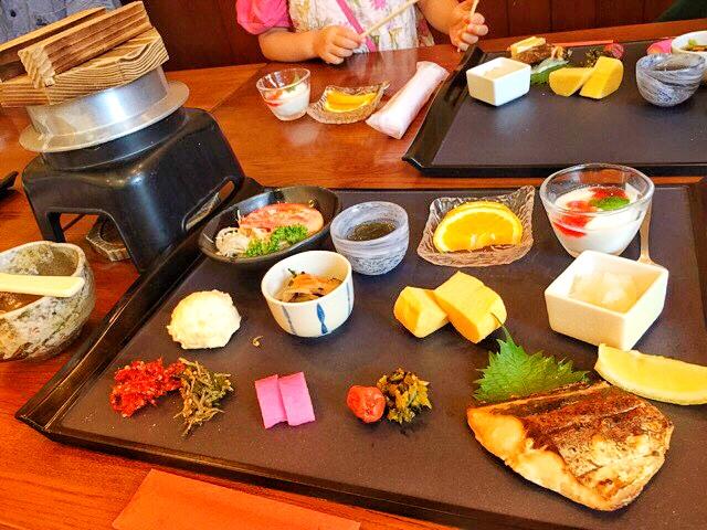 本谷温泉、宿泊限定の朝食