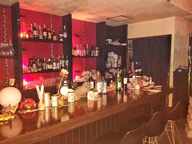 House Bar MUSEのカウンター