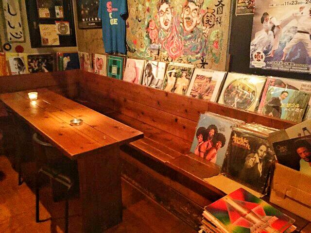 スコアのテーブル席