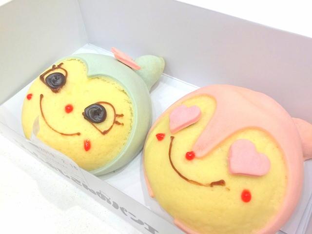 神戸アンパンマンミュージアム&モール内、ジャムおじさんのパン工場で作られたドキンちゃんとコキンちゃん