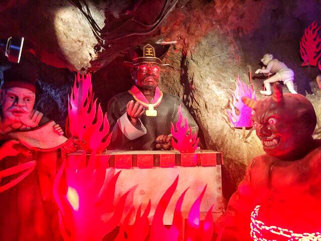 小原洞窟内の閻魔大王