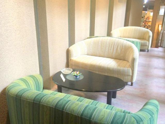 ホテルセイリュウの ソファー