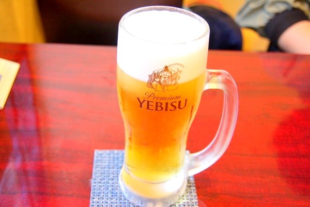 鶏飛人のエビス生ビール