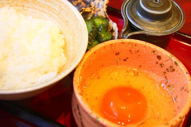 鶏飛人の龍たまご 卵かけご飯