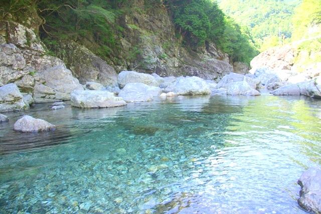 天川村みたらい渓谷