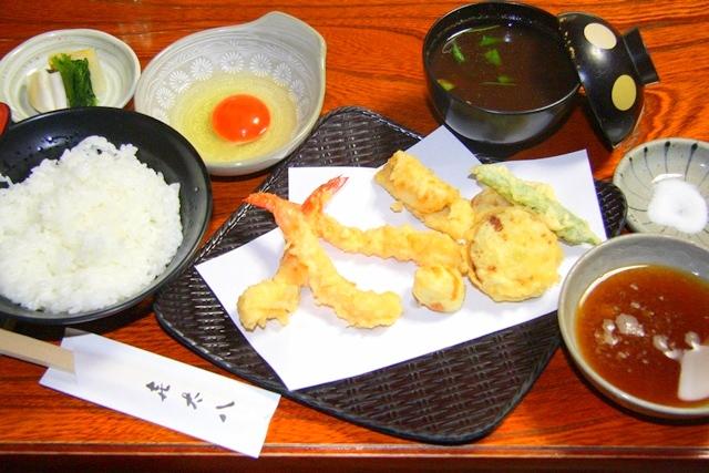 割烹 天ぷら 喜太八