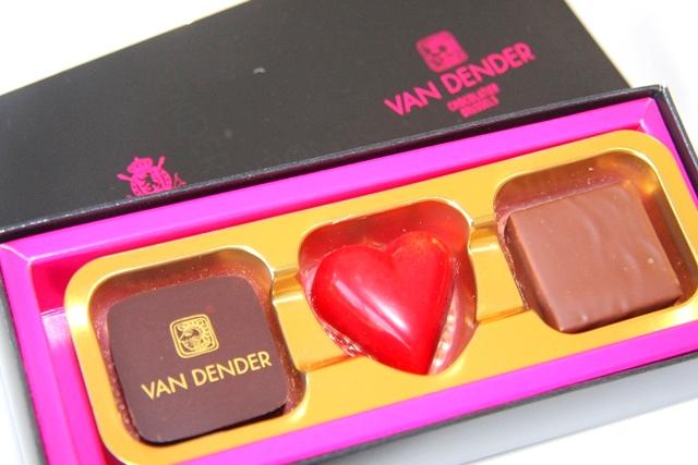 VAN DENDERベルギー王室御用達のショコラ