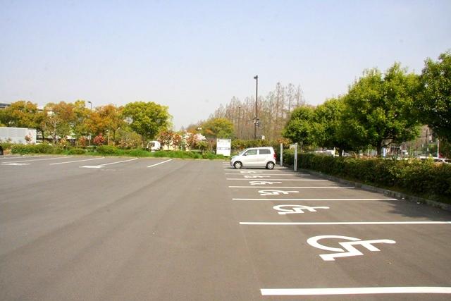 花博記念公園鶴見緑地第1駐車場