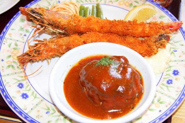 ログハウスレストランたちばな三重県伊賀市